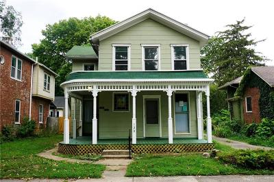 Dayton Single Family Home For Sale: 120 La Belle Street