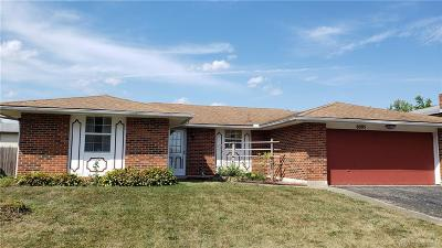 Huber Heights Single Family Home For Sale: 6095 Honeygate Drive