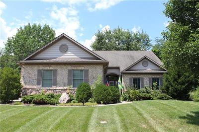Beavercreek Single Family Home For Sale: 2219 Hidden Woods Boulevard