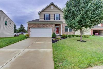 Dayton Single Family Home For Sale: 2113 Willow Oak Court