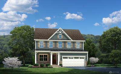 Tipp City Single Family Home For Sale: 879 Cedar Grove Drive