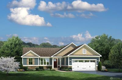 Tipp City Single Family Home For Sale: 885 Cedar Grove Drive