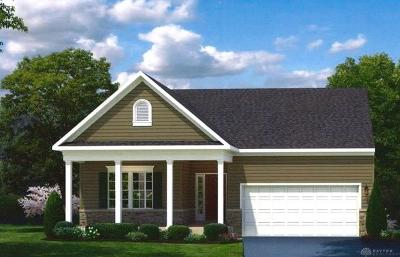 Fairborn Single Family Home For Sale: 1118 Scullers Lane