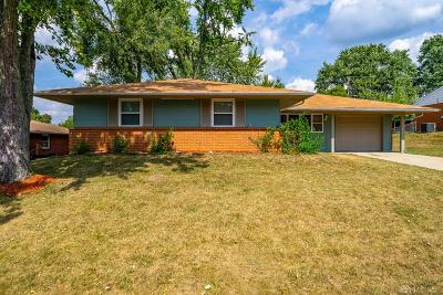 Huber Heights Single Family Home For Sale: 5927 Hartwick Lane