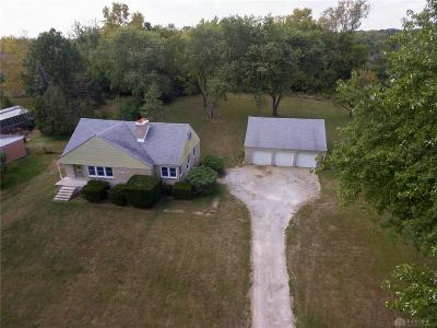 Butler Township OH Single Family Home For Sale: $225,000