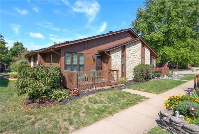 Warren County Condo/Townhouse For Sale: 2264 Joshua Circle