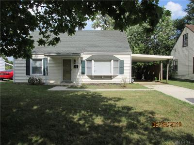 Dayton Single Family Home For Sale: 424 Alexander Drive
