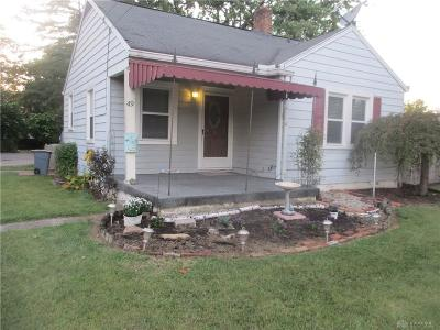 Dayton Single Family Home For Sale: 49 Quinby Lane