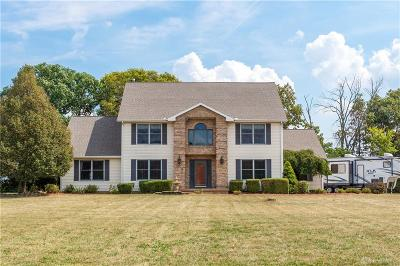 Springfield Single Family Home For Sale: 2390 Ashbrook Drive