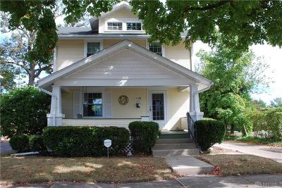 Springfield Single Family Home For Sale: 150 5th Street