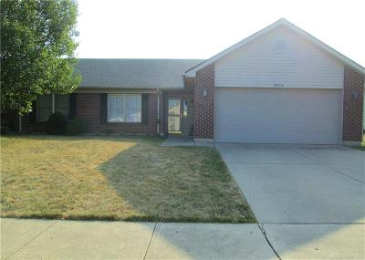 Huber Heights Single Family Home For Sale: 6804 Grovebelle Drive