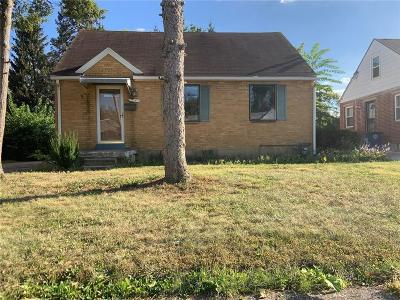 Dayton Single Family Home For Sale: 332 Ashwood Avenue
