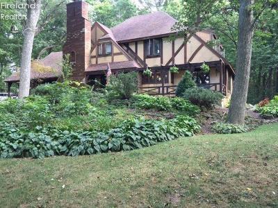 Single Family Home For Sale: 2851 N Firelands Boulevard