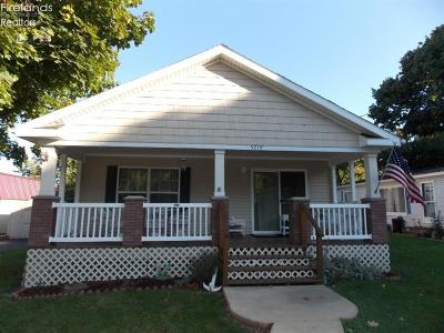 Single Family Home For Sale: 5219 E Buchanan Drive