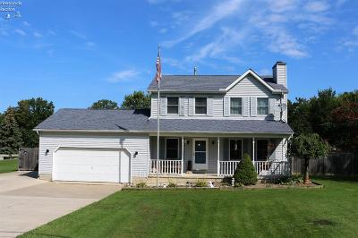 Vermilion OH Single Family Home For Sale: $179,900