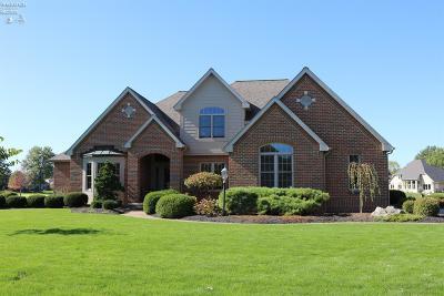 Norwalk Single Family Home For Sale: 13 Eagle Creek Drive