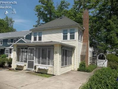 Lakeside OH Single Family Home For Sale: $590,000