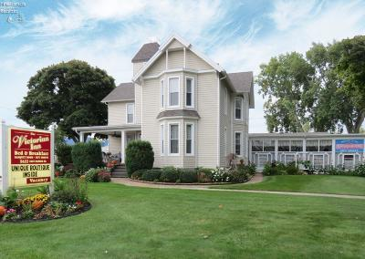 Marblehead Single Family Home For Sale: 5622 E Harbor Road