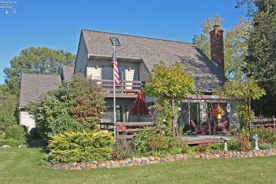 Kelleys Island Single Family Home For Sale: 909 E Lakeshore