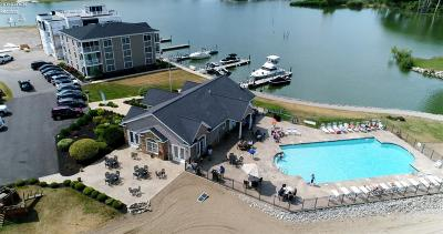 Marblehead Condo/Townhouse For Sale: 2566 S Waterside Court #212