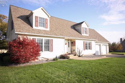 Marblehead Single Family Home For Sale: 1130 S Ebert Court