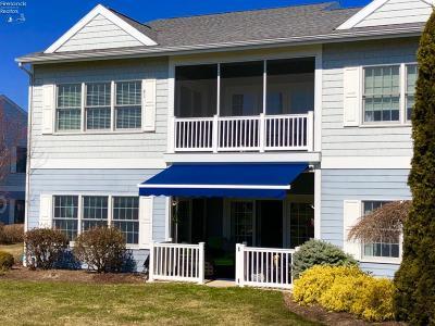 Port Clinton Condo/Townhouse For Sale: 4440 E Harbors Edge Drive