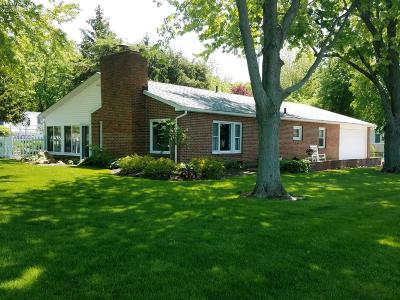 Marblehead Single Family Home For Sale: 2219 S Linda Drive