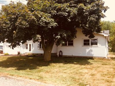 Huron OH Single Family Home For Sale: $152,900