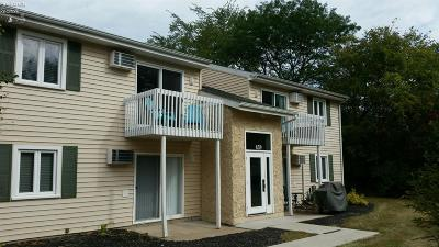 Marblehead Condo/Townhouse For Sale: 459 N Lake Pine Drive #6