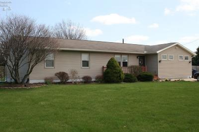 Huron OH Single Family Home For Sale: $185,000