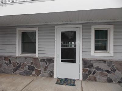 Port Clinton Condo/Townhouse For Sale: 6001 E Poplar Avenue #2
