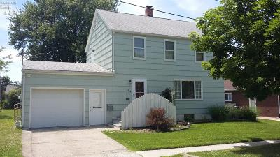 Norwalk Single Family Home For Sale: 99 N Foster Street