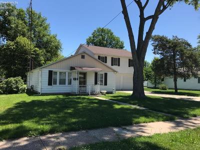 Port Clinton Single Family Home For Sale: 827 Monroe Street