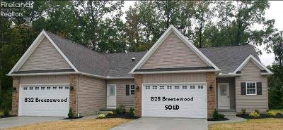 Vermilion Condo/Townhouse For Sale: 832 Breezewood Lane
