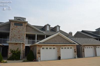 Vermilion Condo/Townhouse For Sale: 2796 Whispering Shores Dr. Drive