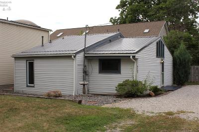 Huron OH Single Family Home For Sale: $97,900