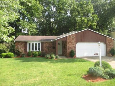 Huron OH Single Family Home For Sale: $165,900