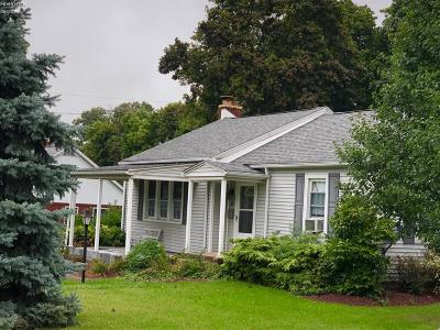 Marblehead Single Family Home For Sale: 119 N Erie Beach Road