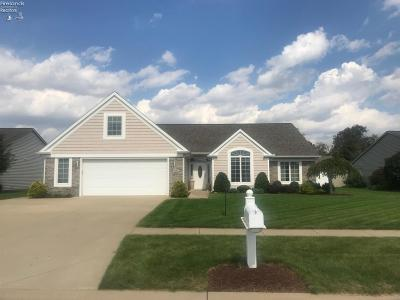 Norwalk Single Family Home For Sale: 25 Amber Way
