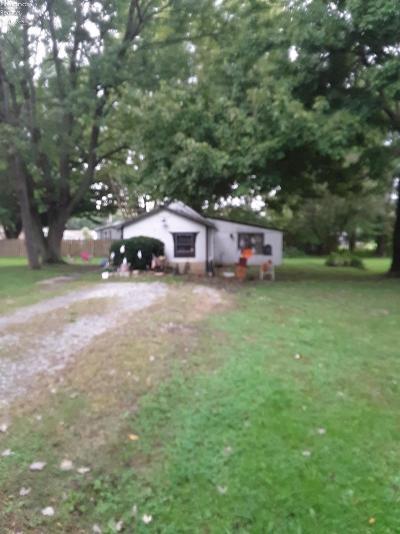 Norwalk Single Family Home For Sale: 28 Glover