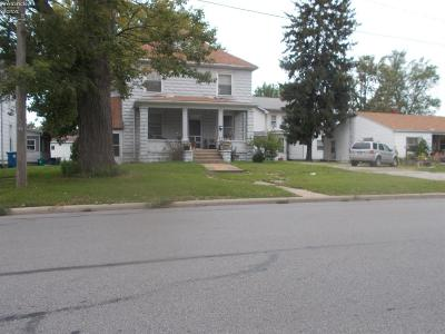 Port Clinton Multi Family Home For Sale: 621 E Third Street #1