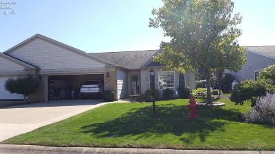 Norwalk Condo/Townhouse For Sale: 6 White Tail Way #A