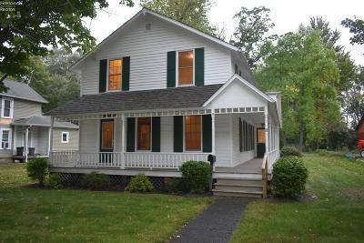 Norwalk Single Family Home For Sale: 16 N Pleasant Street