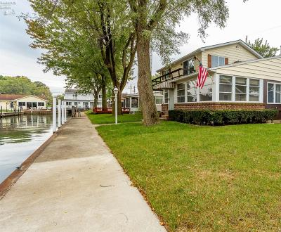 Port Clinton Single Family Home For Sale: 359 N Yes Place