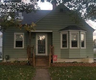 Port Clinton Single Family Home For Sale: 723 Monroe Street