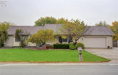 Port Clinton Single Family Home For Sale: 3950 W Harbor Road