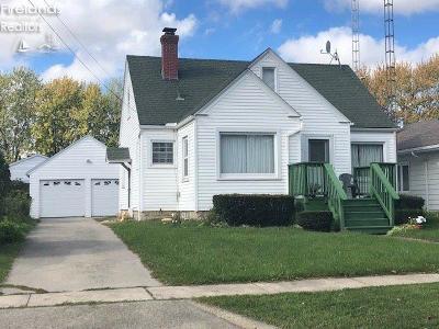 Port Clinton Single Family Home For Sale: 630 Laurel Avenue