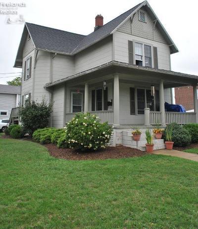 Norwalk Multi Family Home For Sale: 142 Benedict Avenue