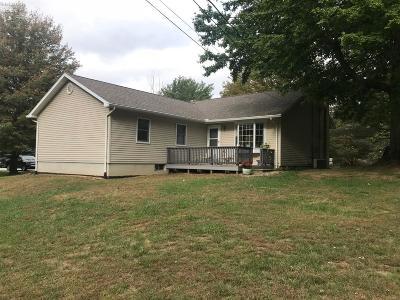 Norwalk Single Family Home For Sale: 13820 Arlington Rd