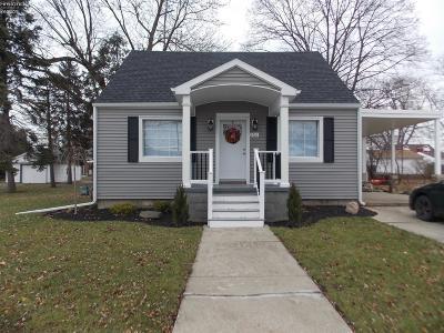 Sandusky Single Family Home For Sale: 1910 Wilson